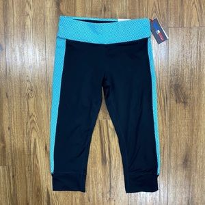 Cropped comfortable mid rise leggings